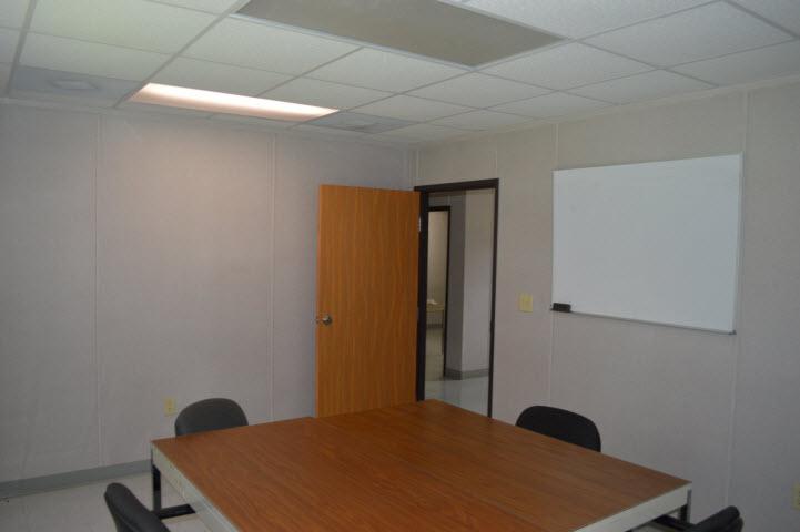 Sales-Office-10059-Interior