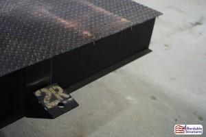 Diamond plate floor decking-2